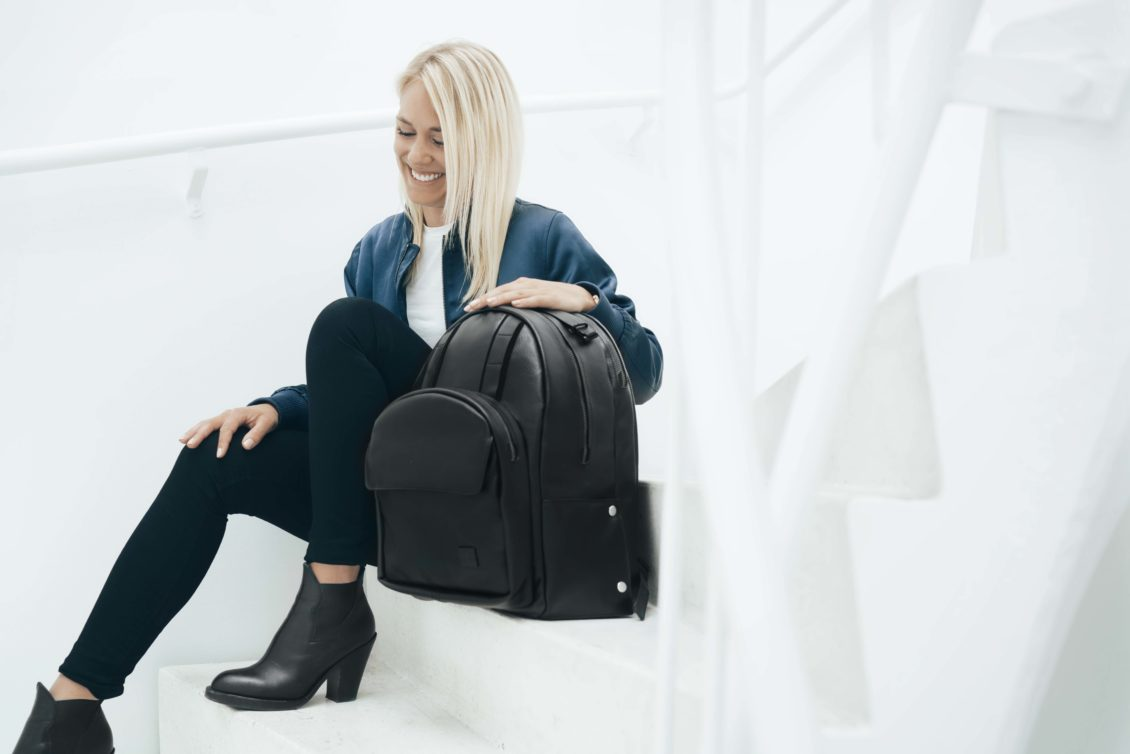 Douche bags: Better travel with smart luggage 1