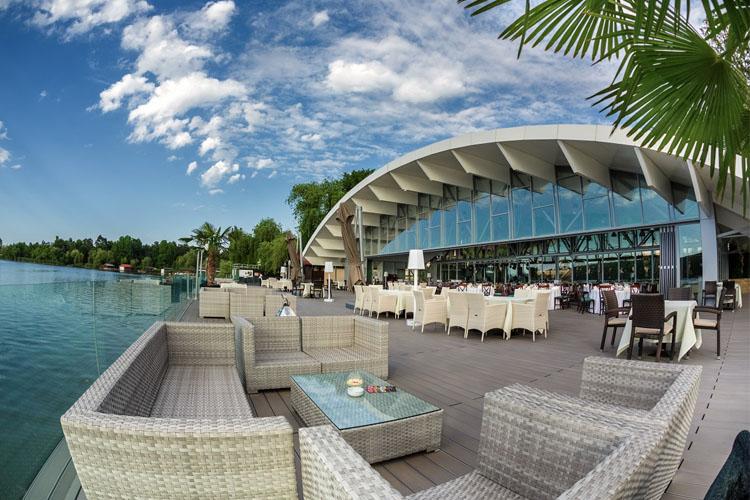 Hotel Snagov Club, premiat international pentru cea mai buna locatie de evenimente din regiune 1