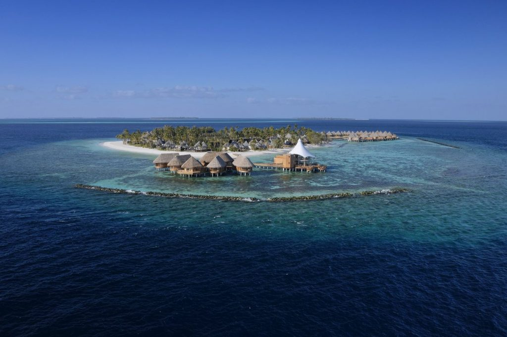 THE NAUTILUS MALDIVES    O insulă mică pe valuri mari 1