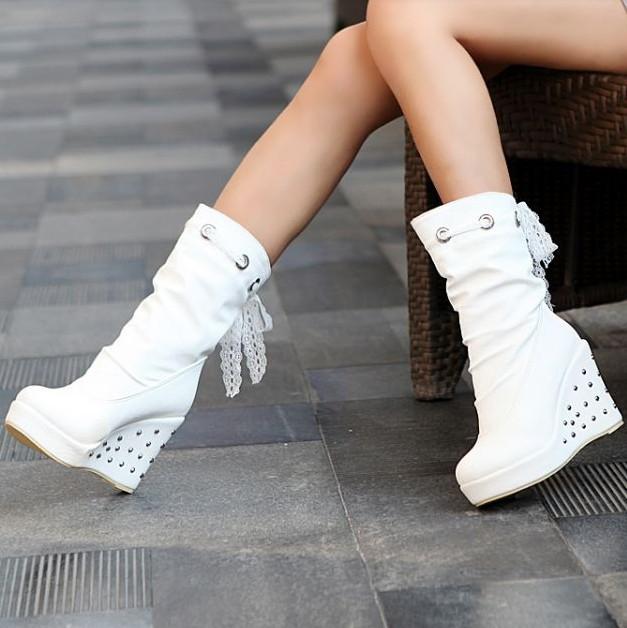 Cizmele albe: Must have-ul sezonului ! 6