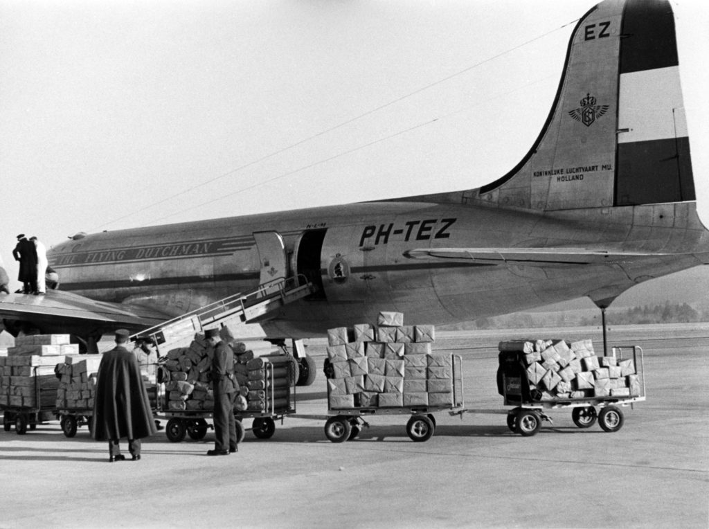 100 de ani KLM 4