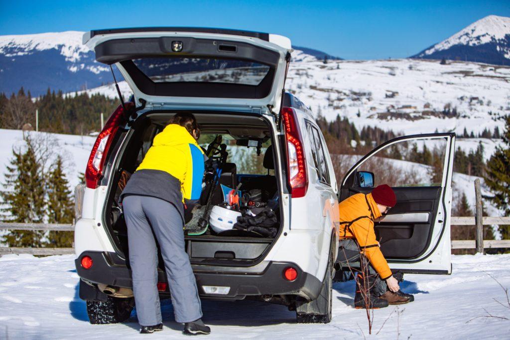 Vacanța la schi cu mașina: Nouă sfaturi pentru o călătorie fără stres și în siguranță 2