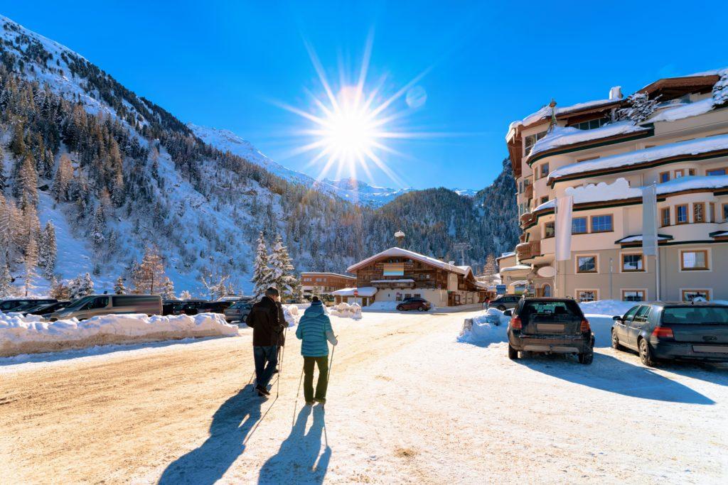 Vacanța la schi cu mașina: Nouă sfaturi pentru o călătorie fără stres și în siguranță 5