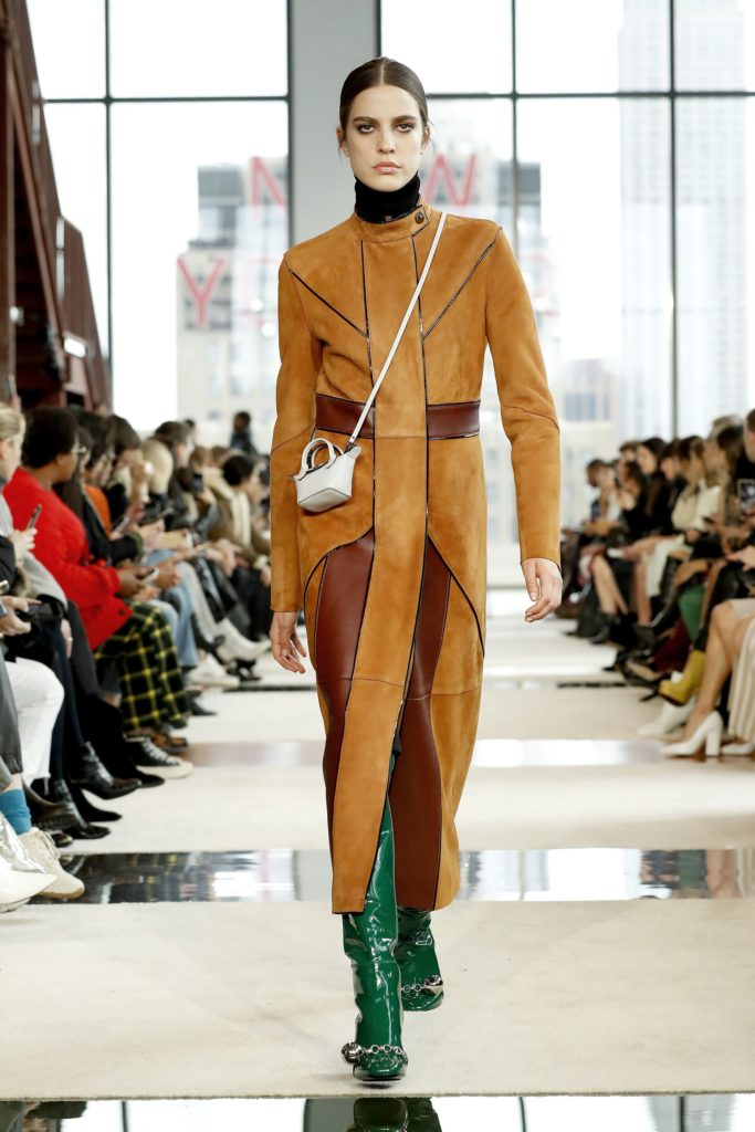 LONGCHAMP FALL/WINTER 2020 RUNWAY SHOW 5